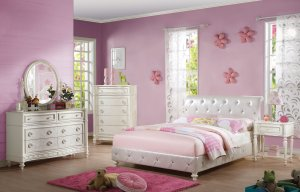 """87"""" X 57"""" X 44"""" Pearl White Pu And Ivory Padded Full Bed"""